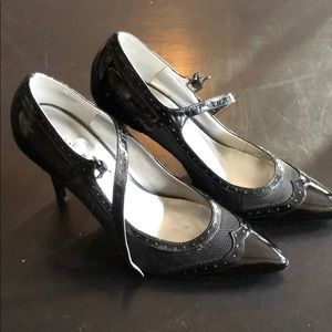 Bandolino vintage style heels